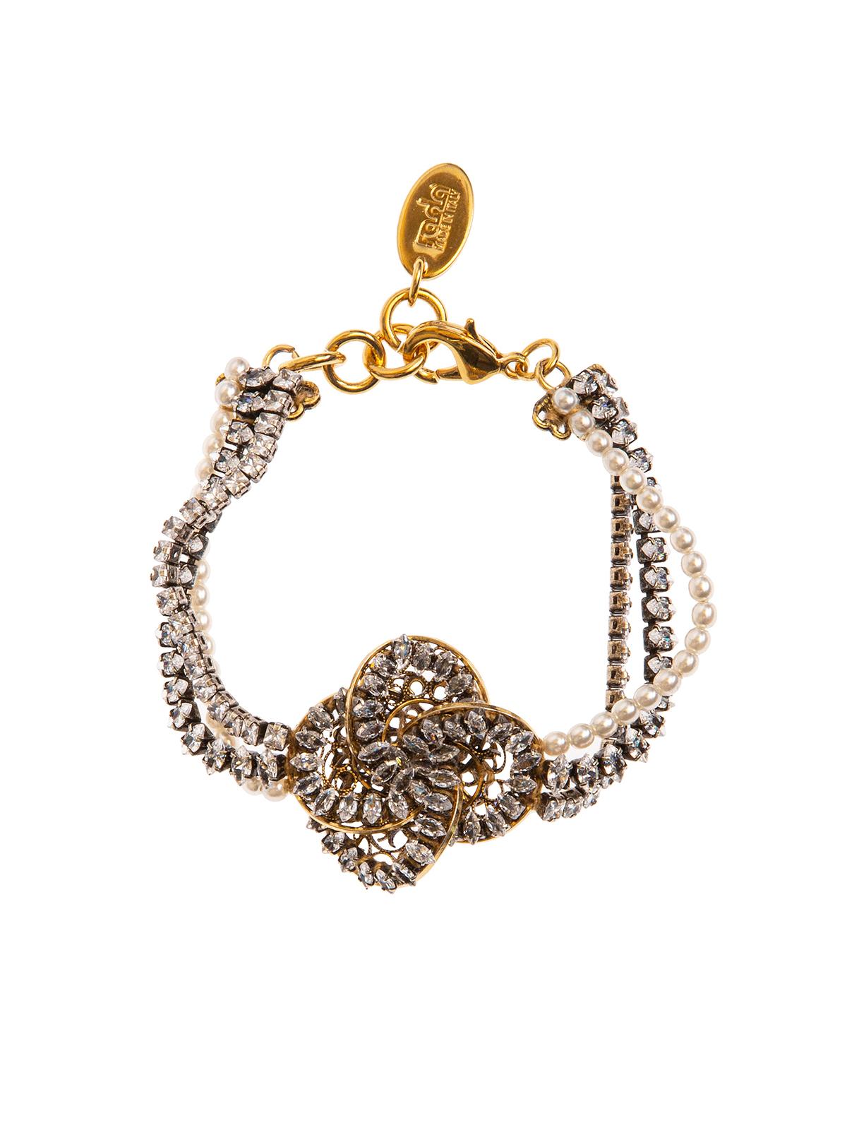 Bead and crystal bracelet with  jewel pinwheel decoration