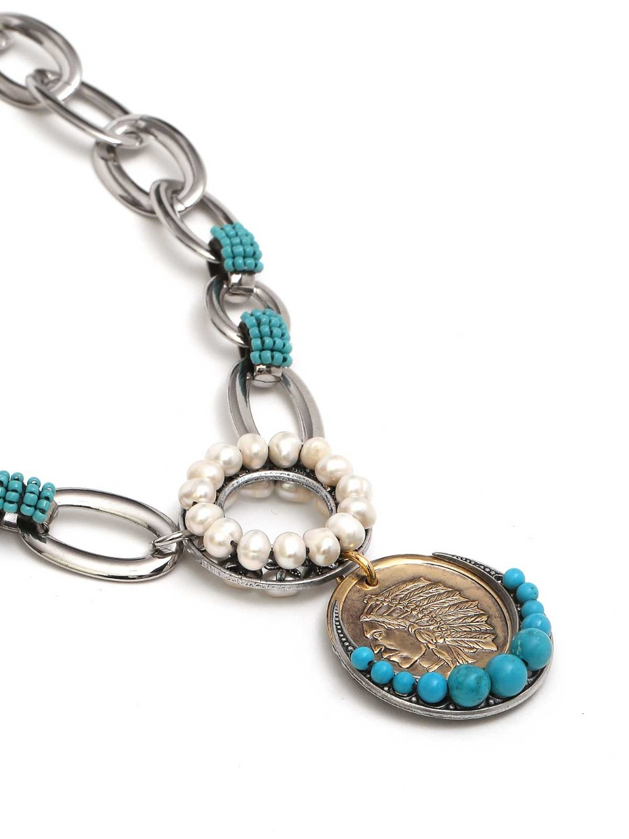 Collana a catena con perle d'acqua dolce e pendente a medaglia