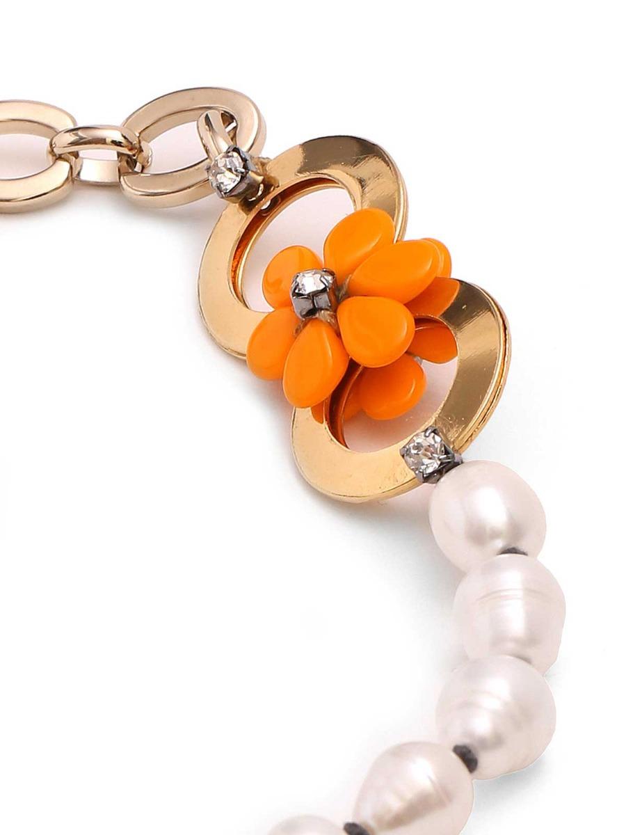Collana di perle d'acqua dolce con margherite
