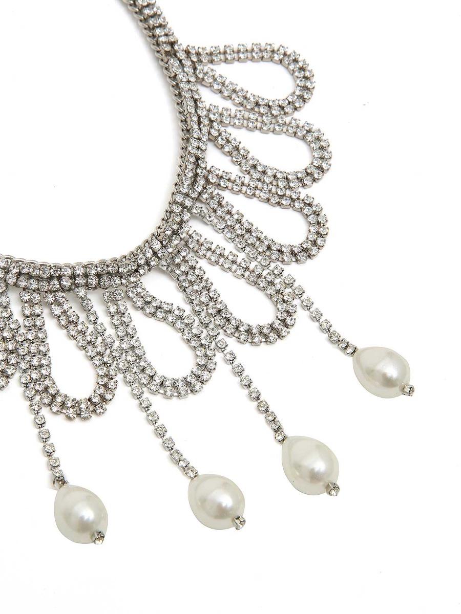 Collana con strass a cascata e perle a goccia