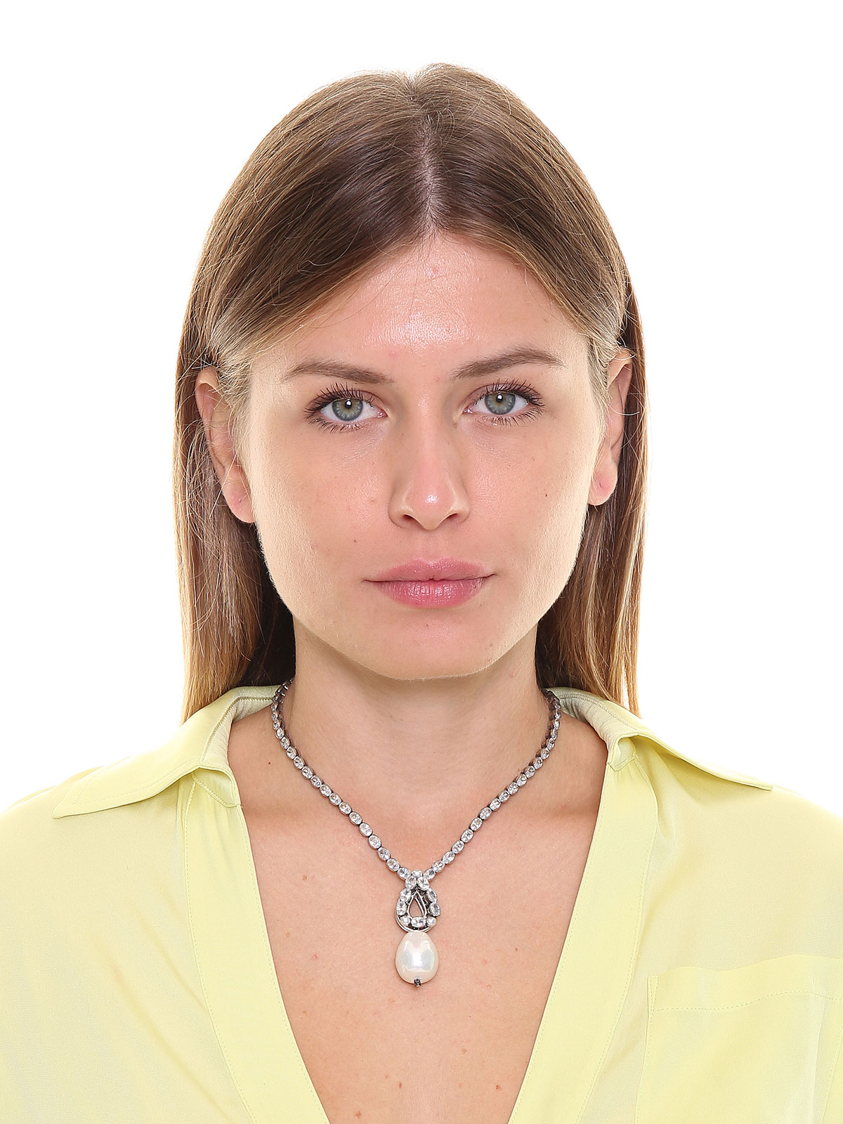 Crystal necklace with pendent drop