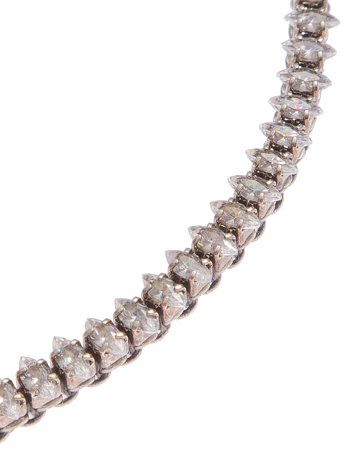 Collana con catena ricamata con pietre cristallo