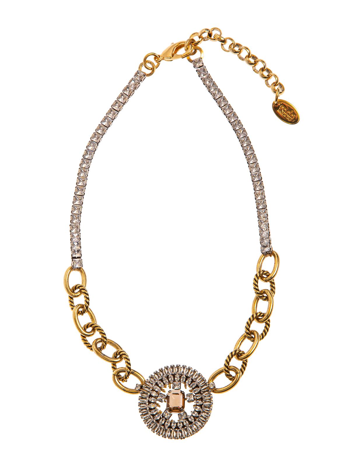 Collana di pietre e catena con cerchio gioiello centrale