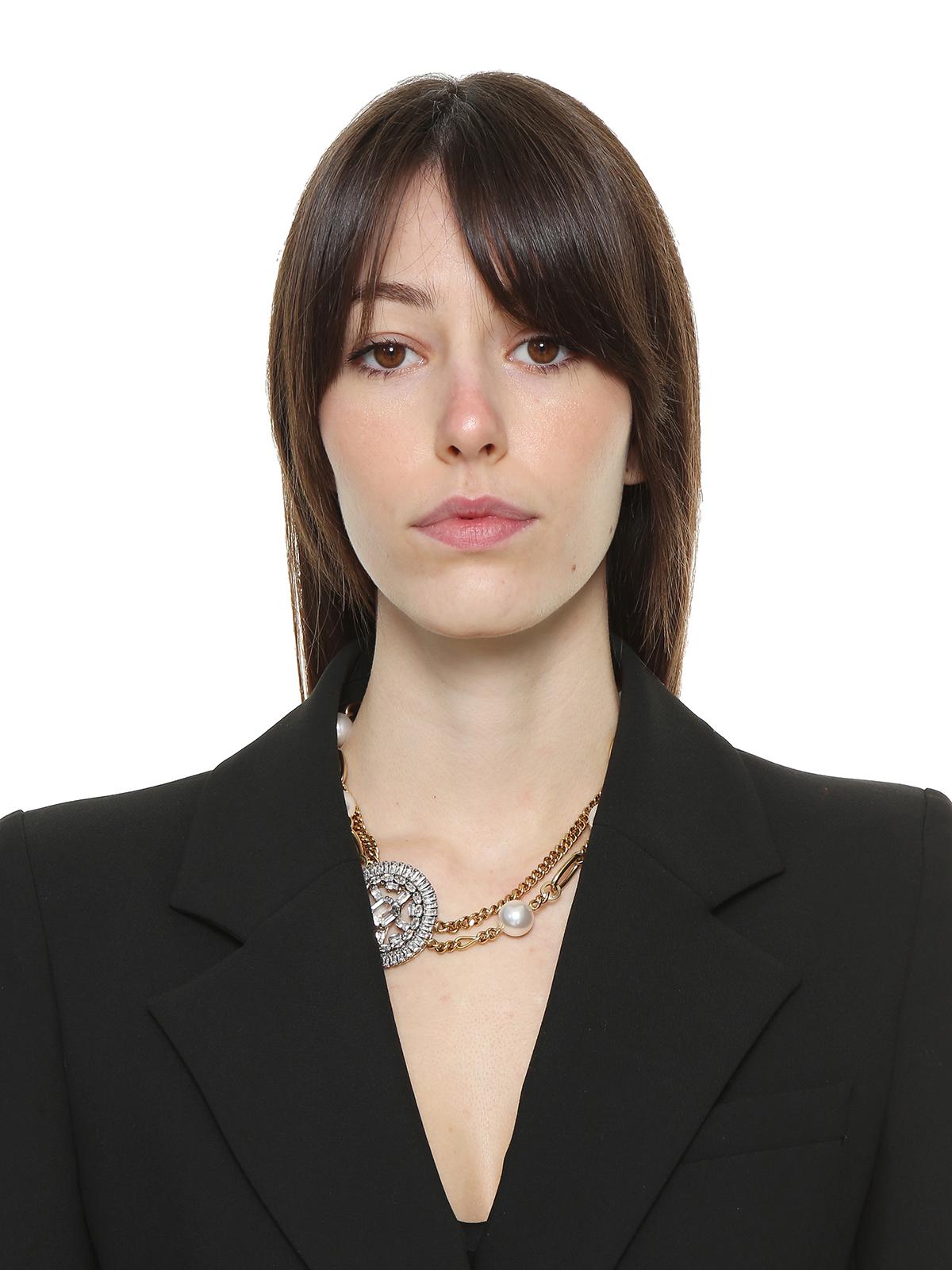 Collana mix di catene e perle con cerchio gioiello centrale