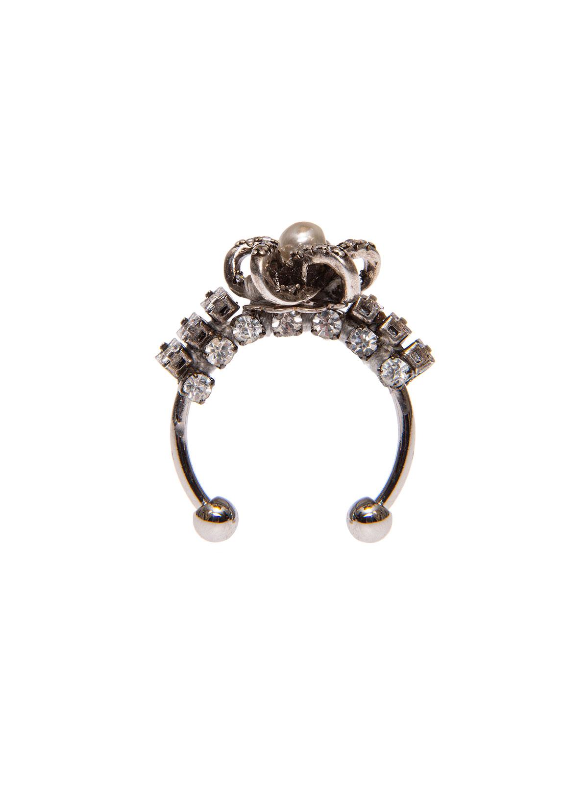 Anello stella con perla centrale