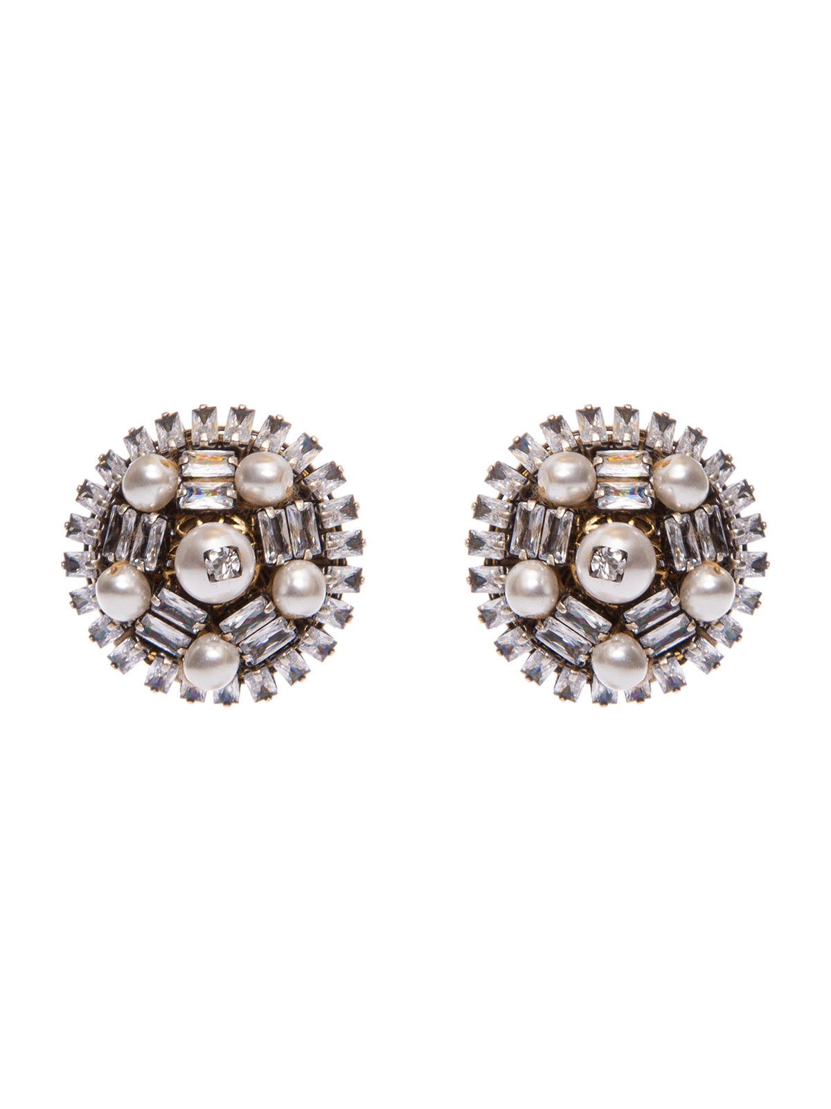 Button earrings embroidered with stones and pearls