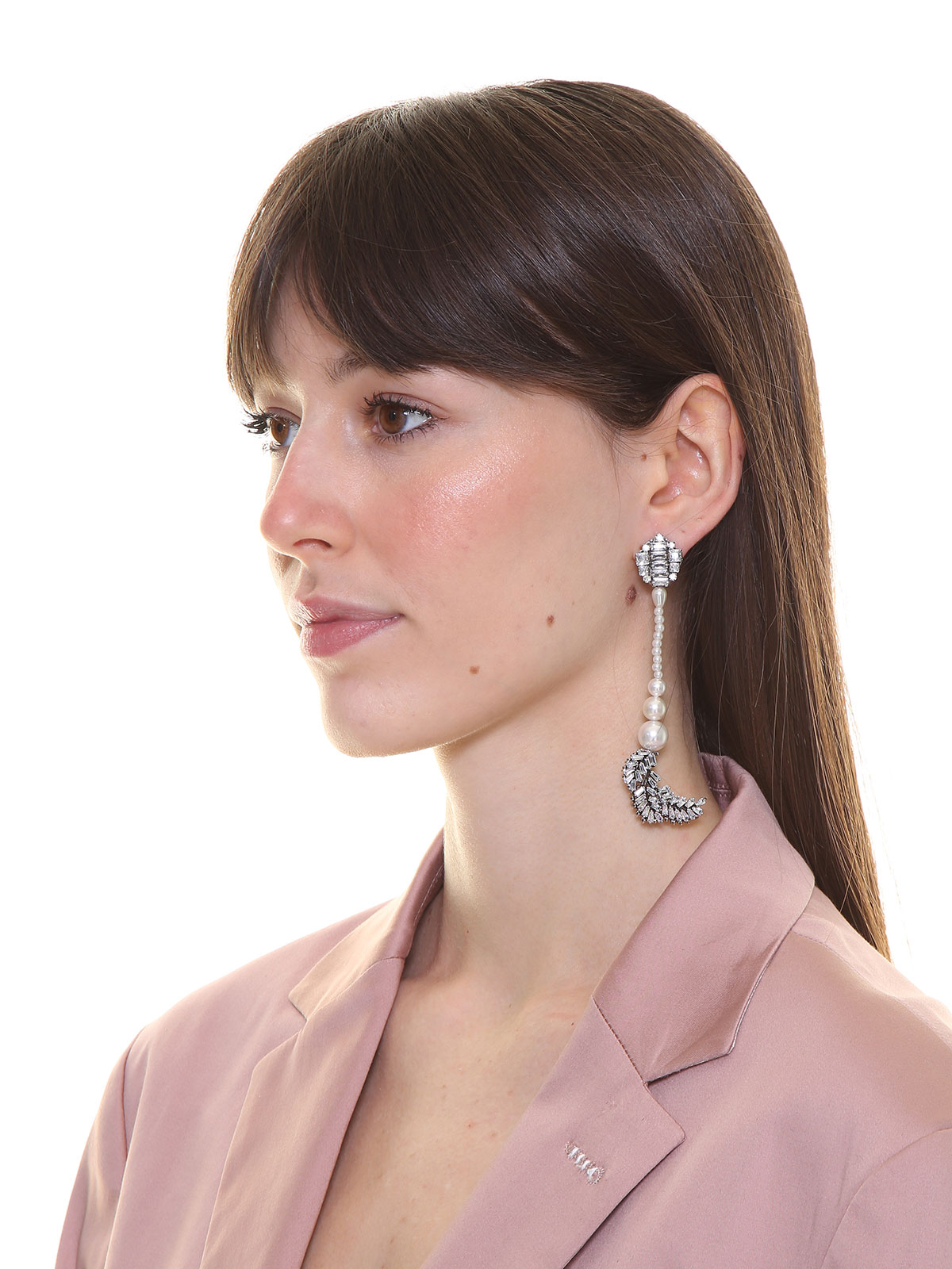 Crystal earrings with pendent pearl and final crystal leaves