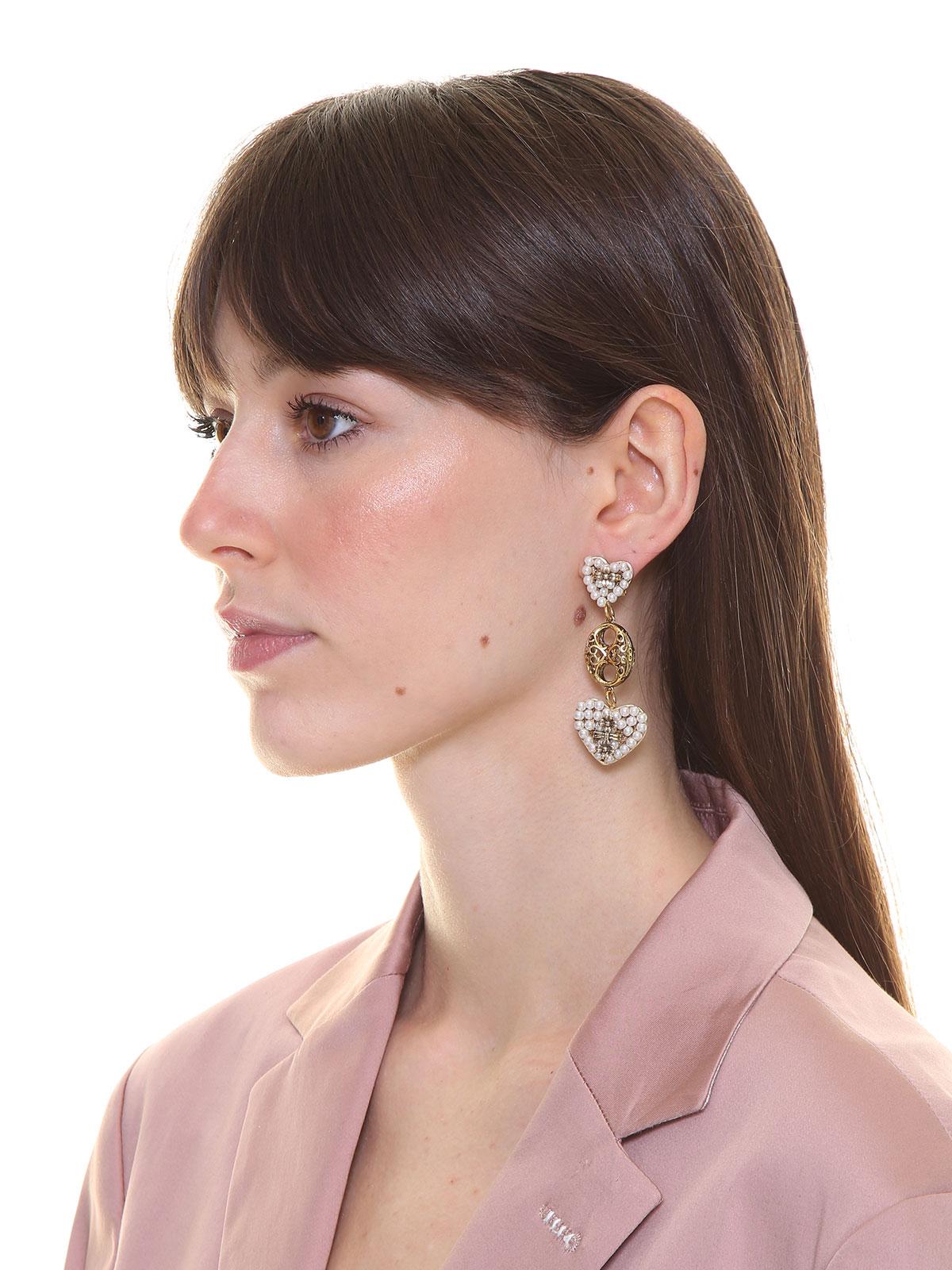 Pendent beaded heart earrings