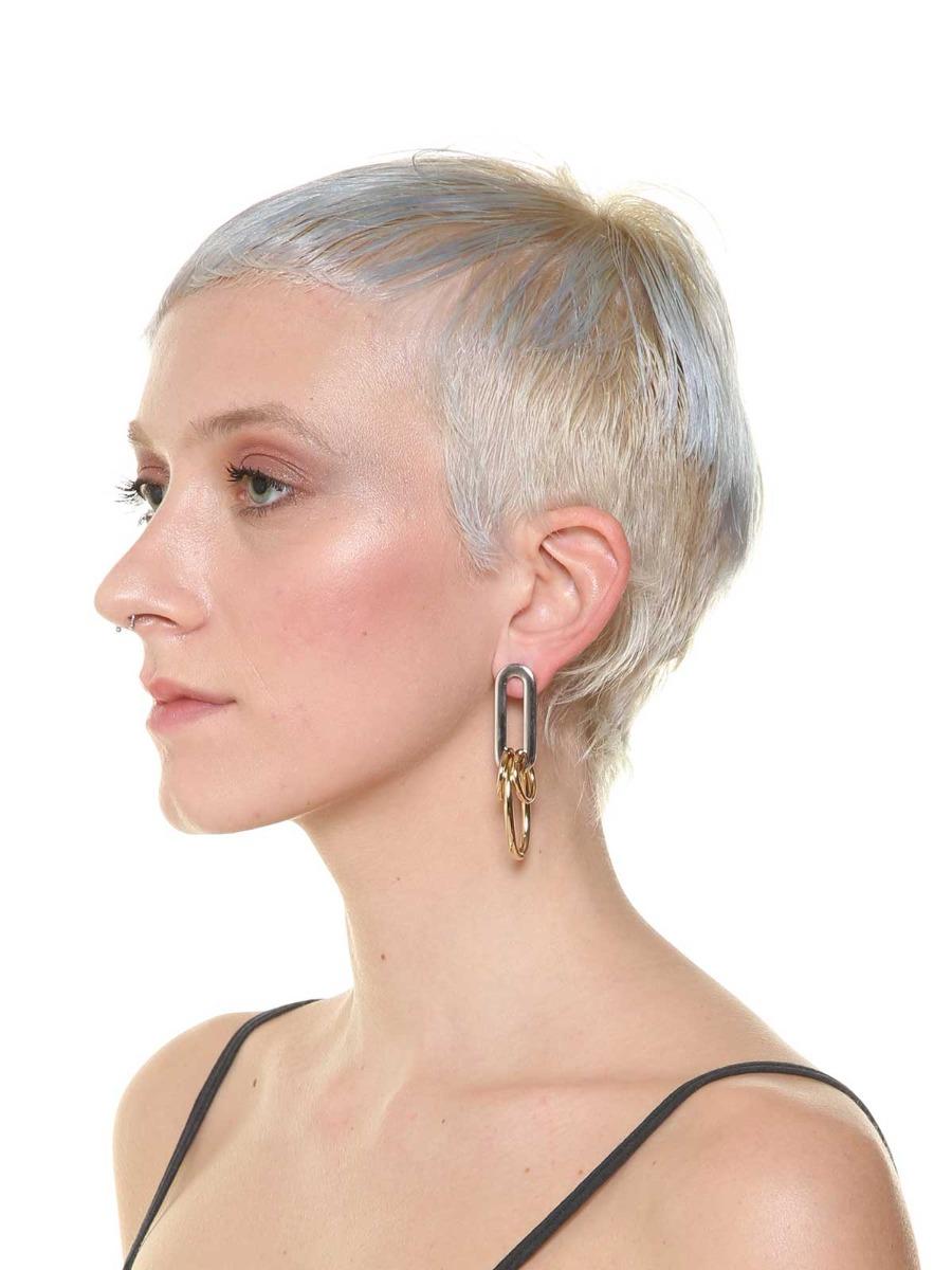 Three contrasting rings pendant earrings