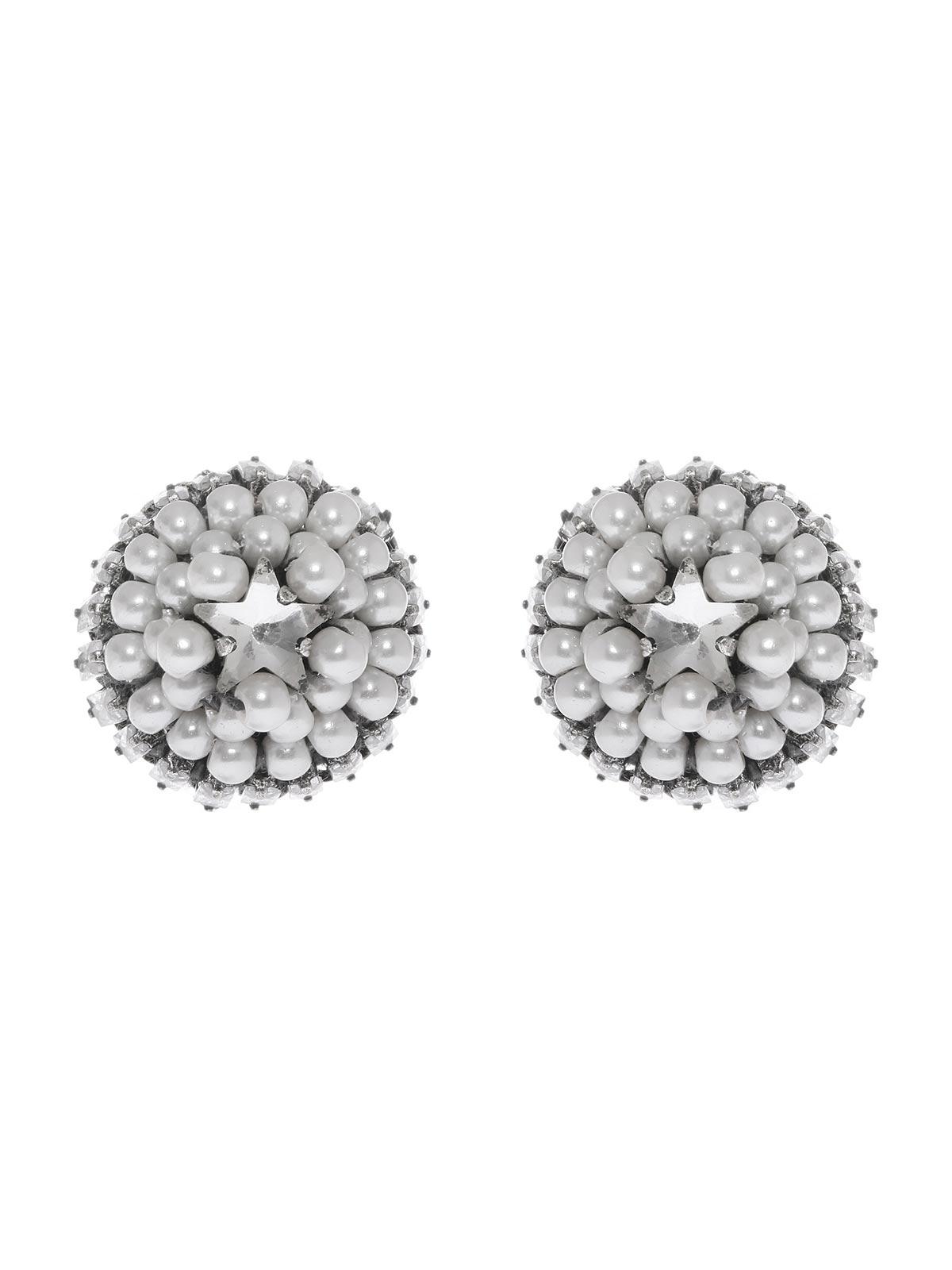 Orecchini a bottone decorati con perle e cristalli