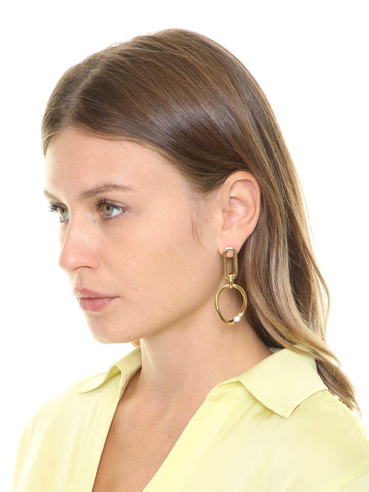 Collana con elementi gioiello