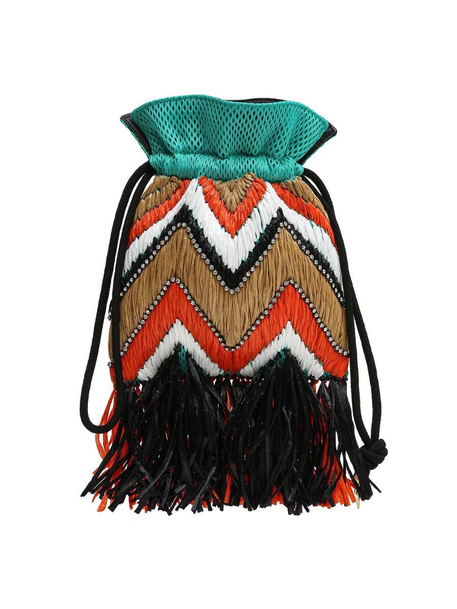Borsa a secchiello decorata con raffia